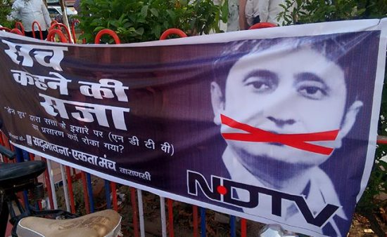 protest-for-ndtv-650_650x400_41459950443