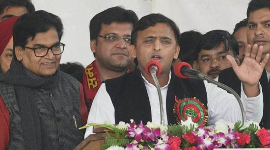 UP CM Akhilesh elected Samajwadi party national  president
